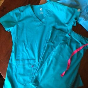 Med couture scrub set